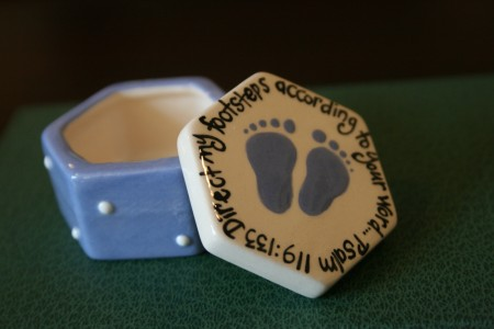 Footprints Box