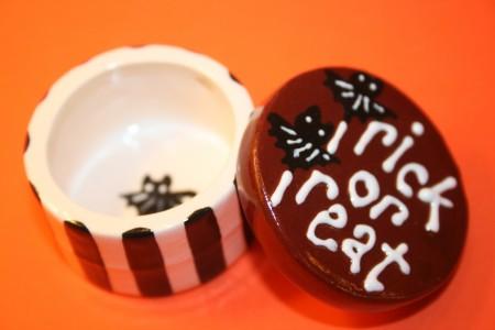 Trick or Treat Pill Box